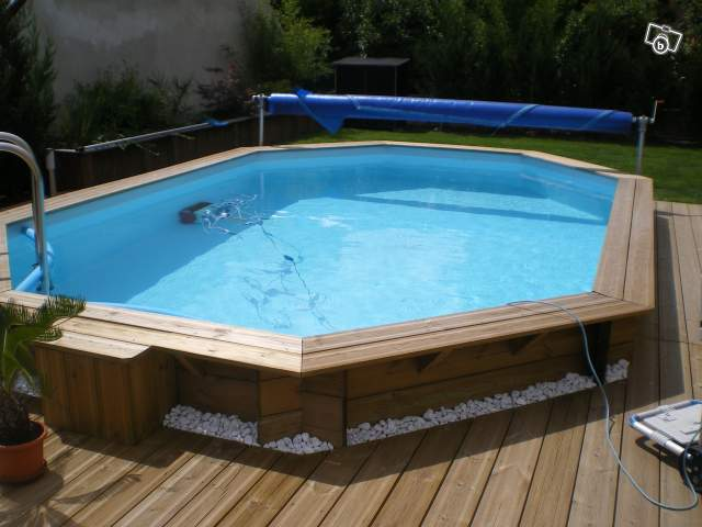 Piscine bois julien for Piscine julien