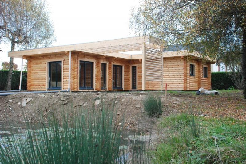 Ganeeva france laval for Artisan constructeur maison individuelle