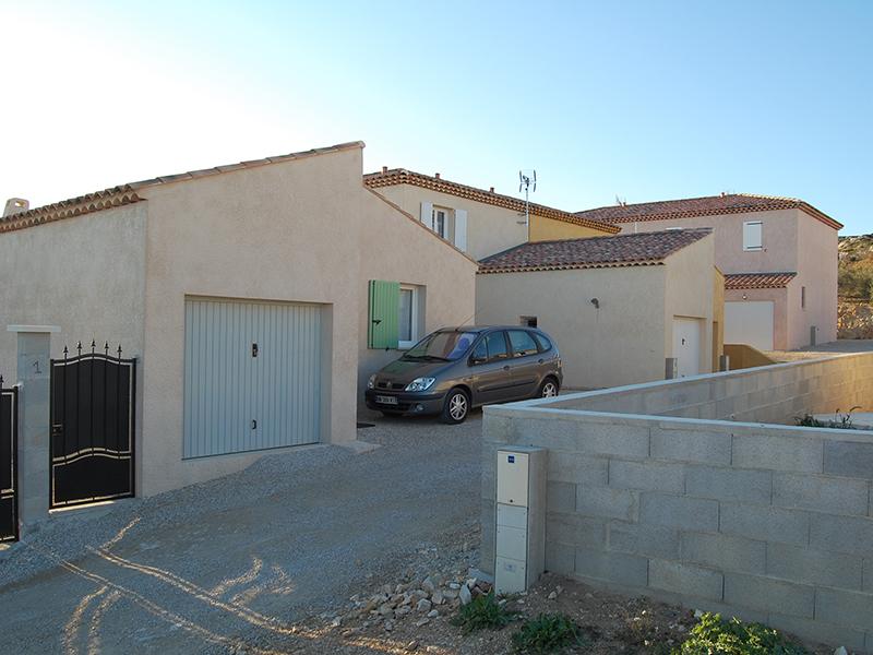 Villas azur ennes la fare les oliviers for Artisan constructeur maison individuelle