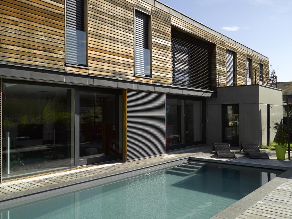 Alsace piscine cr ation concessionnaire piscines carr for Carre bleu piscine prix