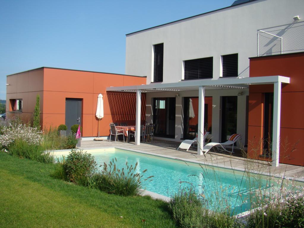 Alsace piscine cr ation concessionnaire piscines carr for Piscine miroir alsace