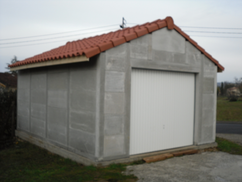 E2al garage et cloture ezy sur eure for Garage prefabrique beton en kit