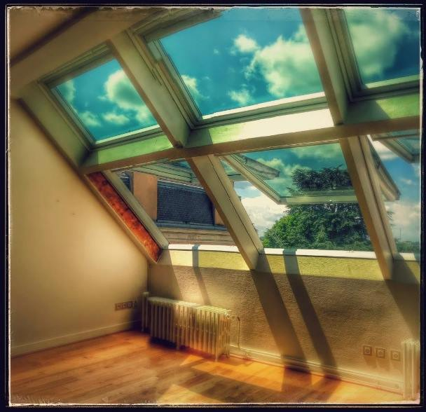 SARTHE 72 VELUX NG SERVICES.jpg