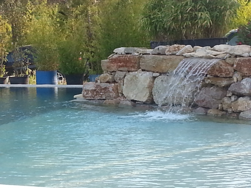 Dfm piscines aix en provence for Camping aix en provence avec piscine